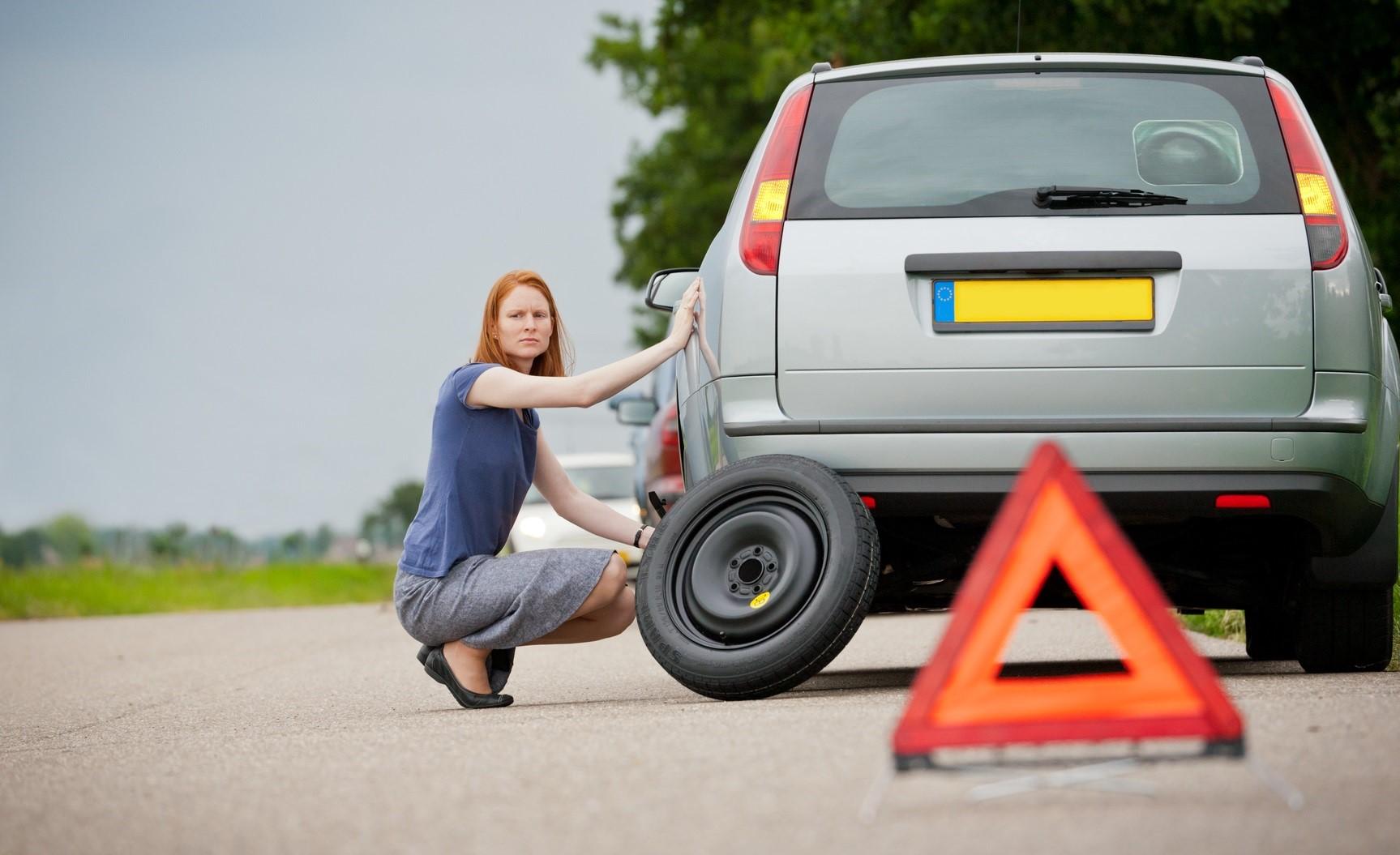 Emergency Roadside Service >> 24 7 Tow Truck Charlotte Best Service In Town